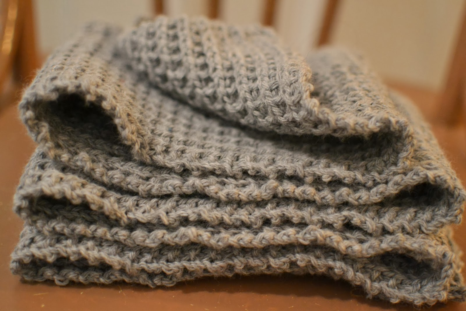 Félicie à Paris: «Je ne peux passer une journée sans tricoter» Le